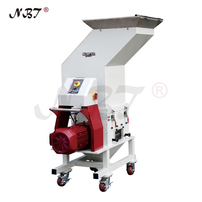 24-series low speed granulator